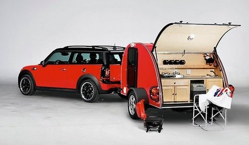 matching-tiny-cars-camping-trailers-tiny-houses-on-wheels-getaway-campers-freedom-camping-the-flying-tortoise-006.jpg